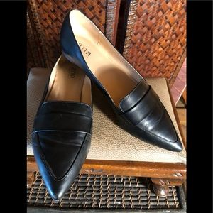 Ana black classic pointy loafers